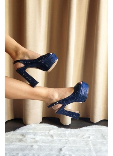 Topukla Ayakkabı Lacivert